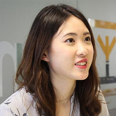 Ningqian Yang